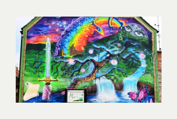 Council called in over glastonbury mural row mzas for Planning mural 2017